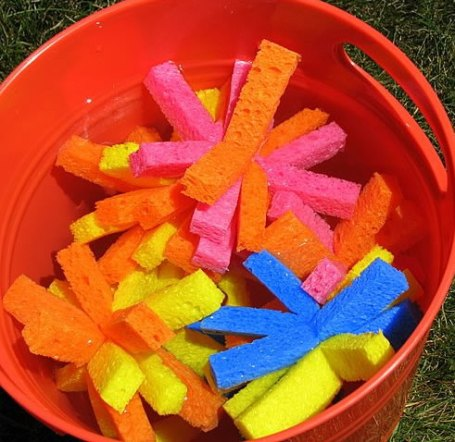 bucketofsponges1